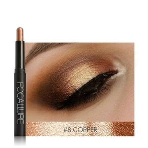 Eyeshadow pencil in copper